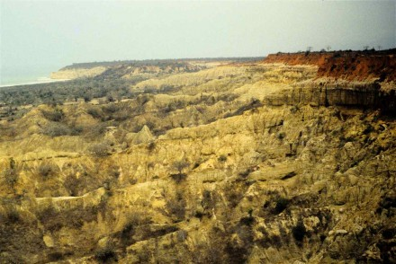 "Figure 57 - Bad lands locally termed ""moonscape"" Overall view (Vicinity of Lobito, Angola)."