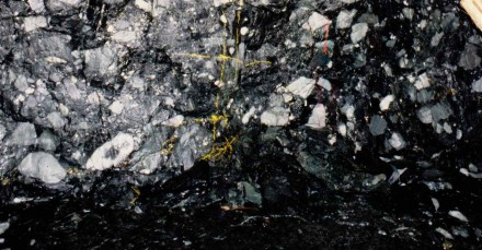 Figure 162 - Underground single sampling for gold in the Witwatersrand, South Africa.